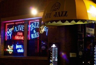 Enjoy live Jazz & Blues at Andy's Jazz Club.